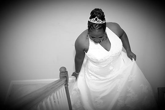 01tanikawedding_gettingdressed-148_nn.jpg